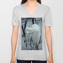 Great Egret in Water A108 Unisex V-Neck