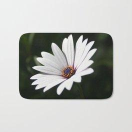 Daisy flower blooming close-up Bath Mat