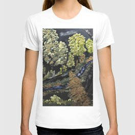 Flowing through the yellow trees T-shirt