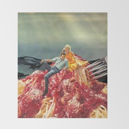 SPAGHETTI Throw Blanket