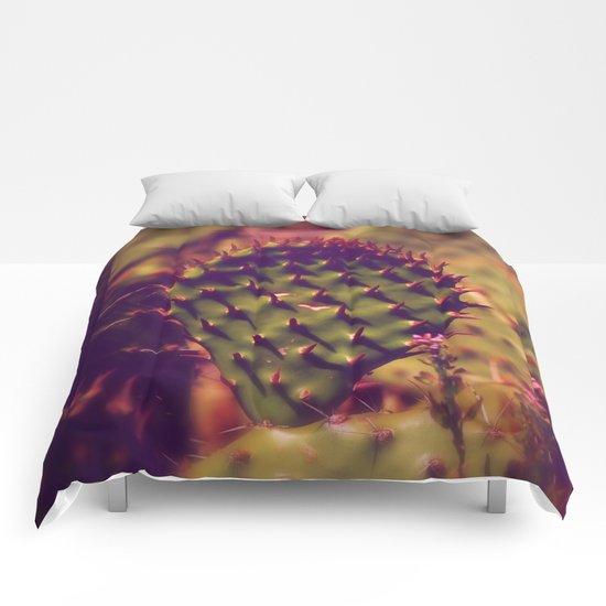 Gentle thorns Comforters