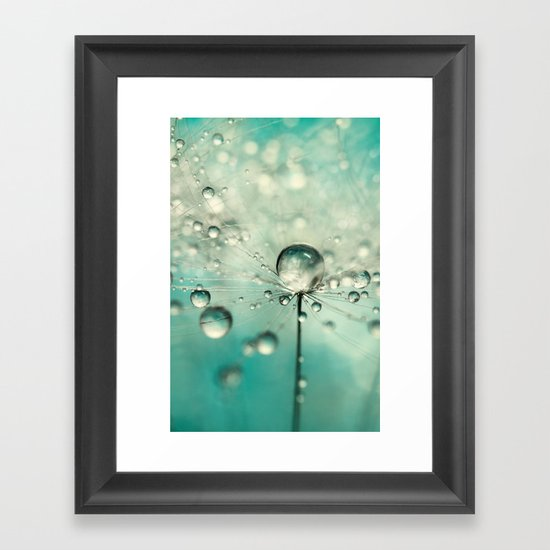 Single Dandy Starburst Framed Art Print