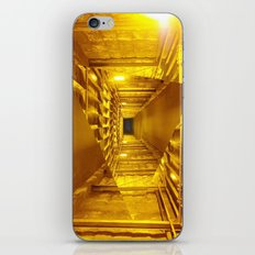 Gold way iPhone & iPod Skin