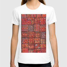 V5 Red Traditional Moroccan Design - A3 T-shirt