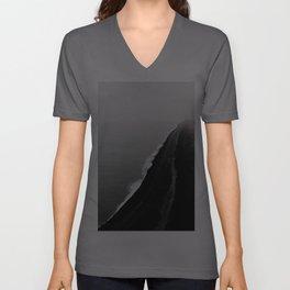 BLACK SAND BEACH Unisex V-Ausschnitt