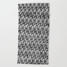Zentangle Paradox Beach Towel