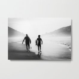 Surfers bond Metal Print