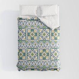 Italian Tile Pattern – Sicilian ceramic from Caltagirone Comforters