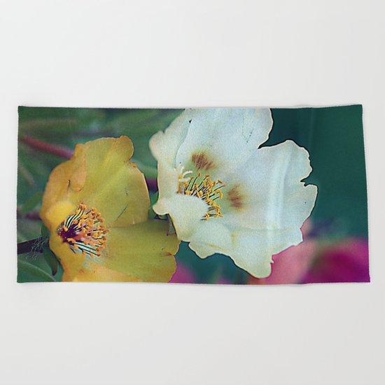 Flower duo Beach Towel