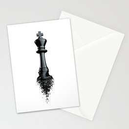 Farewell to the King / 3D render of chess king breaking apart Stationery Cards