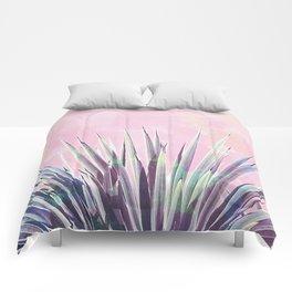 Vintage Yucca Palm - Pink Comforters