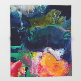 Abstract Melt XI Throw Blanket