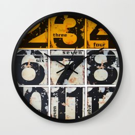 numbers des. 4 Wall Clock