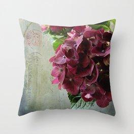 carte hydrangea Throw Pillow