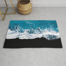 Black sand beach with waves and blue Ocean in Iceland – Minimal Photography Rug