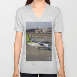 Air Baltic Bombardier Dash 8 Q400 Unisex V-Neck