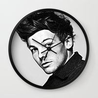 louis tomlinson Wall Clocks featuring Louis Tomlinson by D77 The DigArtisT