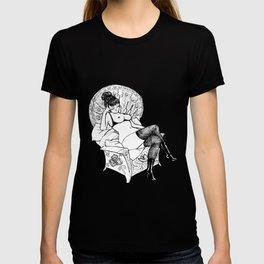 LOVE BUZZ Matriarch T-shirt