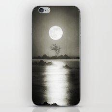 When the moon speaks (part III) iPhone Skin