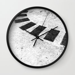 Floating plates Wall Clock