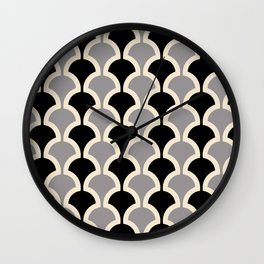 Classic Fan or Scallop Pattern 415 Gray and Black Wall Clock