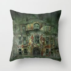 Welcome Home ! Throw Pillow