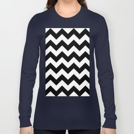 BLACK AND WHITE CHEVRON PATTERN Long Sleeve T-shirt