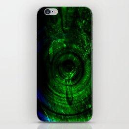 calmor viridi / Crying green iPhone Skin