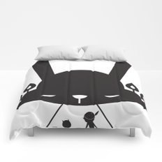 BLACK POND Comforters