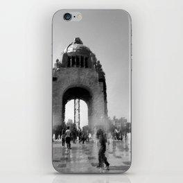 bw monument iPhone Skin