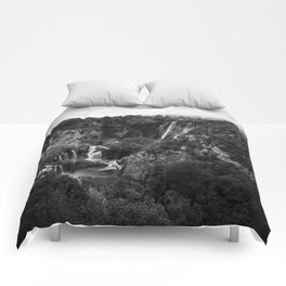 veliki slap waterfall 1 plitvice lakes national park croatia bw lowfi Comforters
