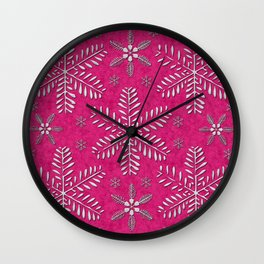 DP044-7 Silver snowflakes on pink Wall Clock