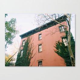 Creeping / New York City Canvas Print