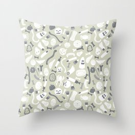 Halloween candy pattern Throw Pillow