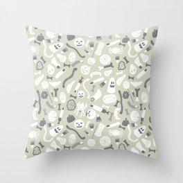 Halloween candy pattern Throw Pillow