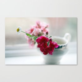 clutched in his little hand Canvas Print