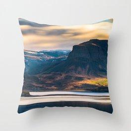 Giants (RR 222) Throw Pillow