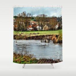 Dorf am Fluss Shower Curtain
