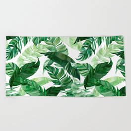 Green leaf watercolor pattern Beach Towel