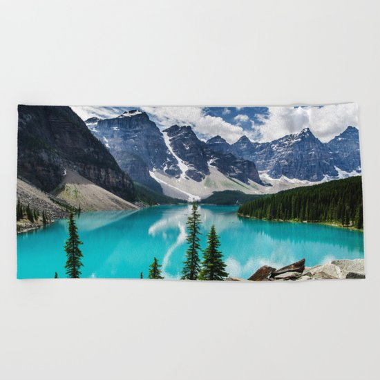 Lake Moraine Banff Beach Towel