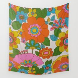 RETRO FLOWERS Wall Tapestry