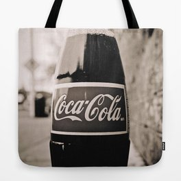 Coca-Cola closer Tote Bag
