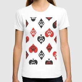 Poker playing gambling card symbol doodle paw prints T-shirt