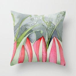 Selva Despierta Throw Pillow
