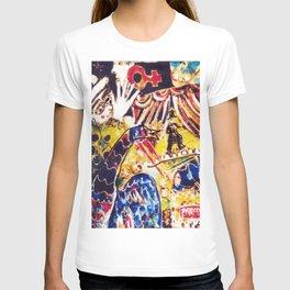 LIFE is a Circus           by Kay Lipton T-shirt