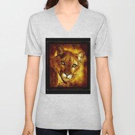 Big Cat Models: Cougars 01-01 Unisex V-Neck