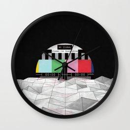 Lost Signal ... Wall Clock