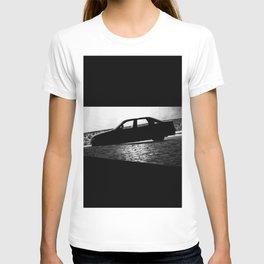 Car at night T-shirt