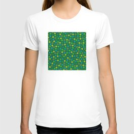 St Patrick's Day Lucky Shamrock Pattern T-shirt