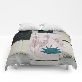 beach feathers Comforters